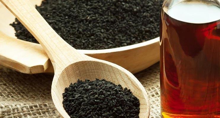 L'huile de nigelle contre les problèmes de peau - Atelier naturel Nigelle.fr